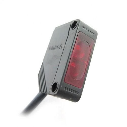 سنسور فاصله سنج نوری 5 تا 100 میلیمتر Omron